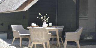 4 Seasons Outdoor Avila Esstischgarnitur aus Teakholz mit Derby Tisch Ø 130 cm